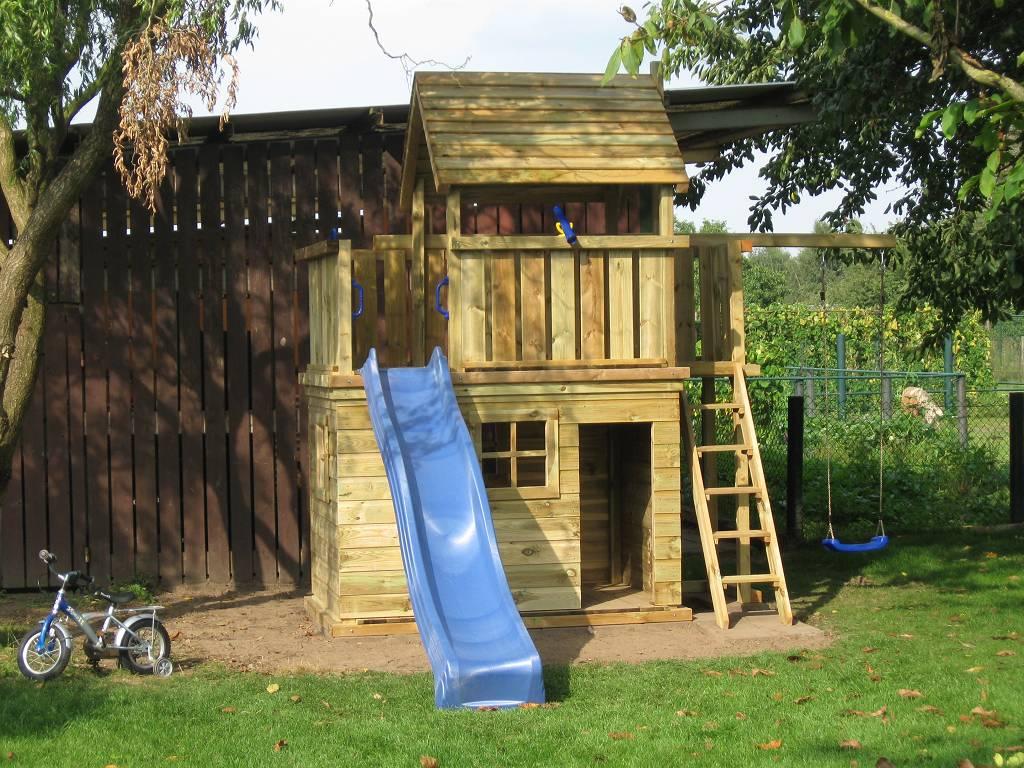 Speeltoestel Kleine Tuin : Speeltoestellen van tuinhout neerkant houten speeltoestel met